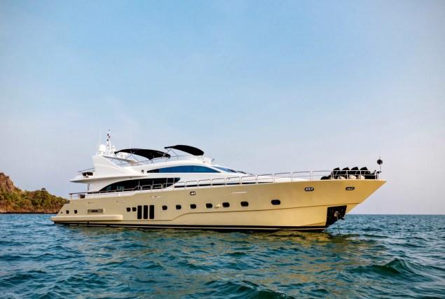 Яхта Bilgin 96