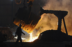 Steel Wars: Europe and the U.S. Accuse China of Dumping