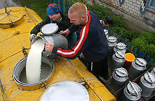 Russia-Belarus Relations Sour over Milk Ban