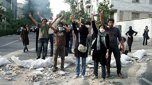 Lessons For the U.S. As the Iranian Revolution Unravels