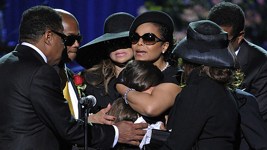 Michael Jacksons Daughter Paris Speaks at Memorial