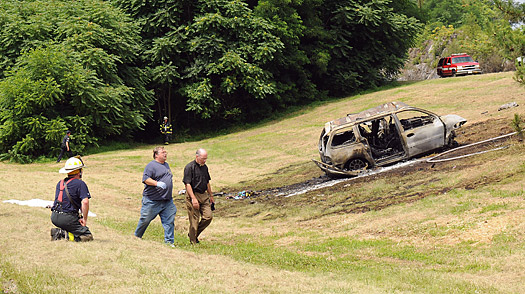 The scene of an accident near Hawthorne, in Westchester County, N.Y., that killed four adults and four children.