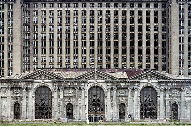 Michigan Central Station - Detroit - Copyright YVES MARCHAND AND ROMAIN MEFFRE