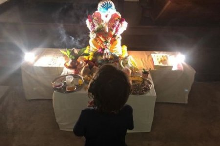 Shah Rukh Khan REVEALS AbRam s adorable name for Lord Ganesha as     Shah Rukh Khan and AbRam Khan welcome Ganpati
