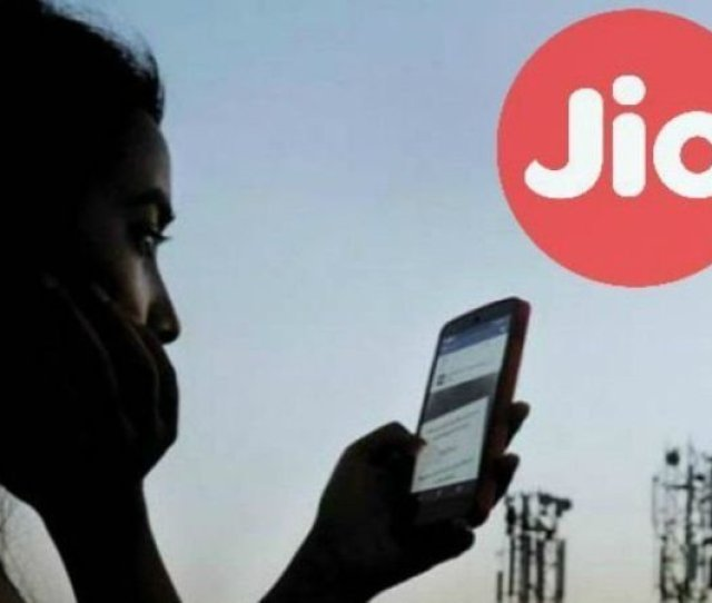 Department Of Telecommunication Dot Ordered All Internet Service Providers Isps In India To Block Around 827 Porn Websites And Now Reliance Jio Has