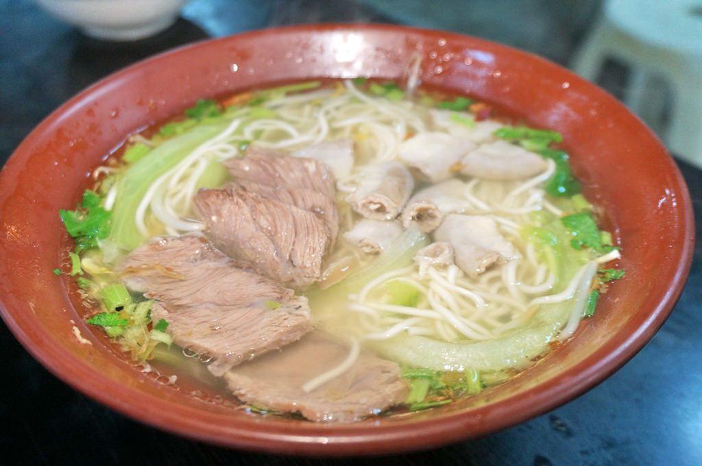 新竹竹蓮市場小吃美食|良心麵- 大份量意麵配上清爽湯頭真的是有良心的店啦–踢小米食記