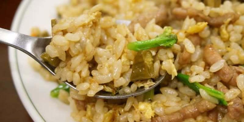 【新竹美食】吳家小館(紹子麵)-平凡中很醒胃的酸豆角炒飯--踢小米食記