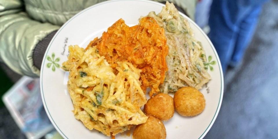 新竹竹東美食|中央市埸素食炸菜。素食愛好者的炸物理及拜拜必用食物!