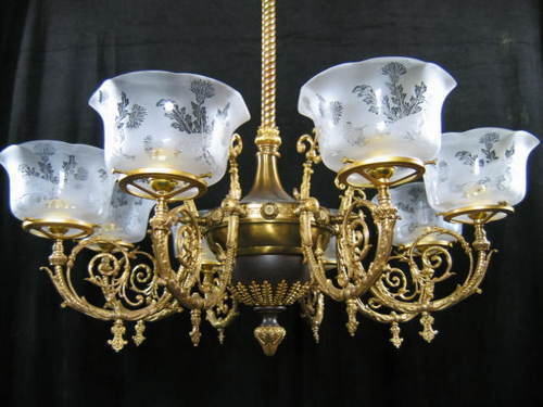 Antique Style Heritage Chandelier In Bhagirath Palace