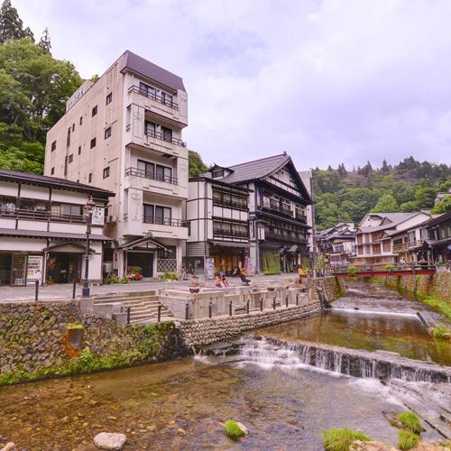 銀山温泉 酒田屋/外観