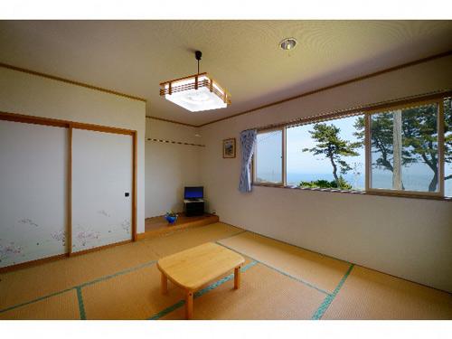 ぴかぴかの宿 民宿石橋/客室