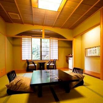 城崎温泉 喧噪の隠れ家 月のしずく/客室
