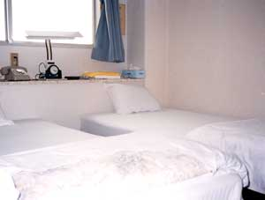 ビジネスホテル ホワイト/客室