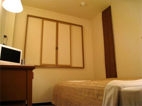 ホテルクラウンヒルズ豊川(BBHホテルグループ)/客室