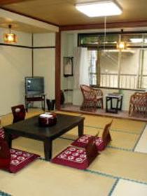 四万温泉 山田屋旅館/客室