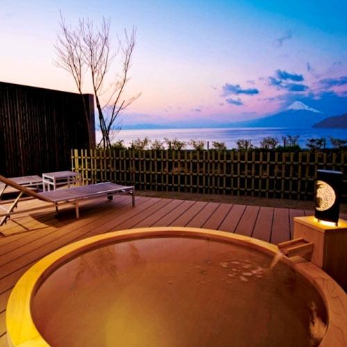 世界遺産 富士山を望む宿 富岳群青/客室