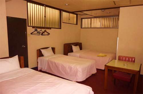 ビジネスホテル マルヤマ/客室
