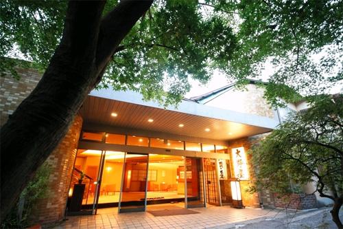 【特急列車付プラン】ゆがわら大野屋旅館(びゅうトラベルサービス提供)/外観