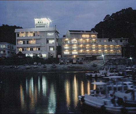 高よしパークホテル/外観