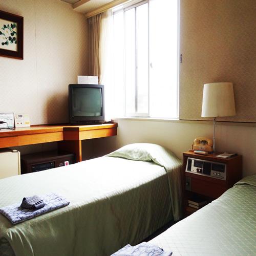 川之江ビジネスホテル/客室