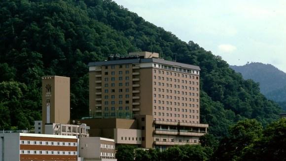 定山渓 万世閣ホテル ミリオーネ/外観