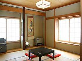 野沢温泉 温泉村のあったか民宿 アケビ荘/客室