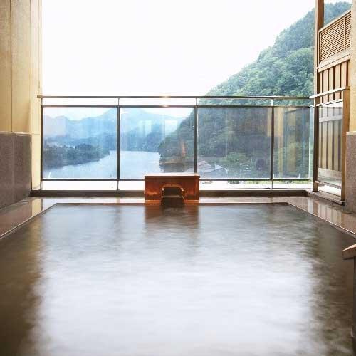 咲花温泉 翠玉の湯 佐取館/客室