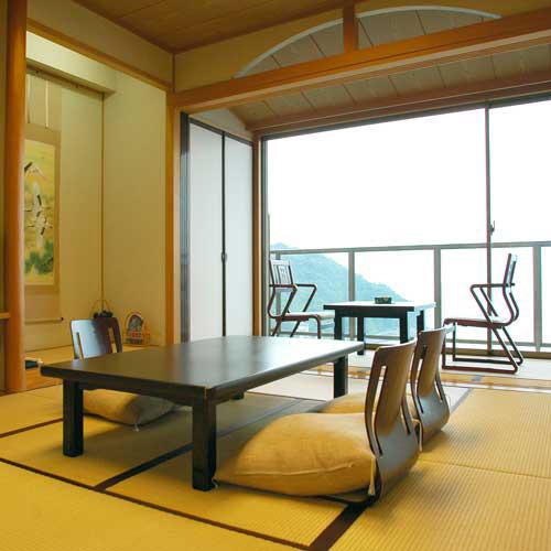 高台から海を望む 絶景の宿 伊豆・熱川温泉 粋光(SUIKO)/客室