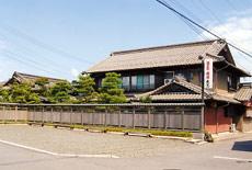 魚忠旅館/外観