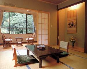 湯之沢 渓山荘/客室