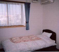 ビジネスホテル ブドリ/客室