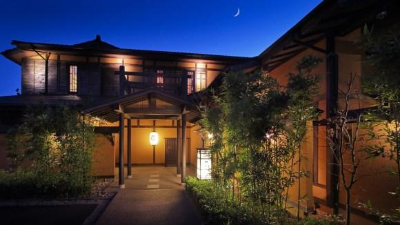 伊豆高原温泉 全室露天風呂付 二階家離れの宿 お宿うち山/外観