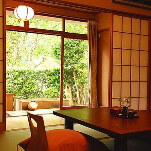 源泉かけ流しの湯 御宿 さか屋/客室