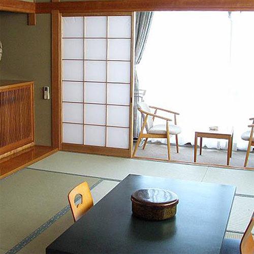 えびす洞温泉 ホテル 白い燈台/客室