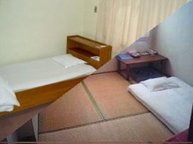 ビジネスホテル梅月/客室
