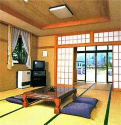 ナベの家/客室