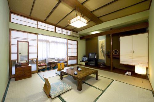 鎌先温泉 最上屋旅館<宮城県>/客室