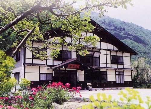 聖の湯 民宿 粋泉荘/外観