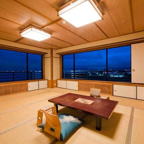 京近江/客室