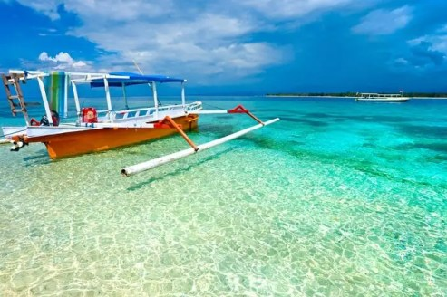 Top 10 Magical Islands Around Bali For Romantic Trip In 2021