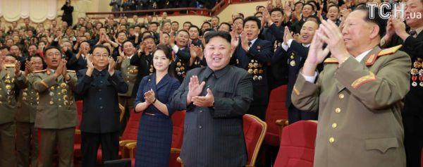 """Ким Чен Ын """"продвигает"""" в политику свою сестру: в КНДР ..."""