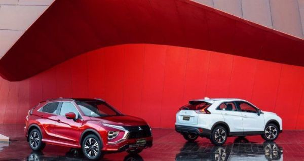 Mitsubishi Eclipse Cross представлен официально фото ...