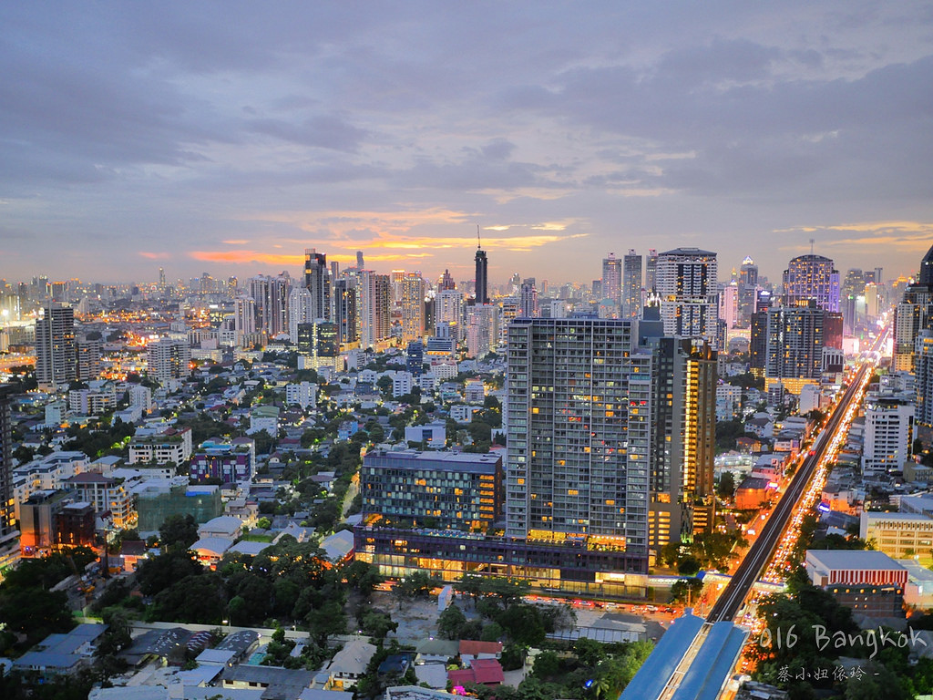 [泰國 曼谷] Octave Rooftop Lounge & Bar 曼谷Thonglor區高空酒吧推薦 - 蔡小妞依玲