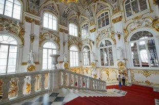 [自助旅行] 俄羅斯聖彼得堡冬宮博物館(聖彼得堡機場計程車,聖彼得堡美食推薦)