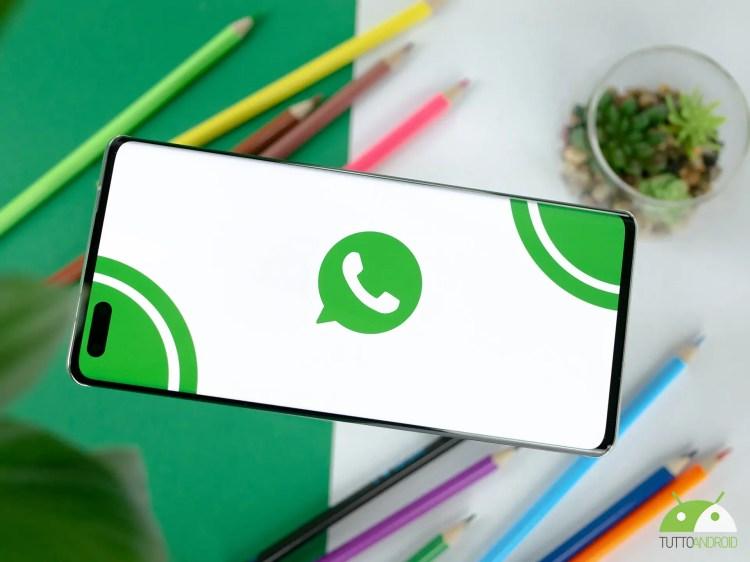 Primo avvistamento delle reazioni ai messaggi su WhatsApp