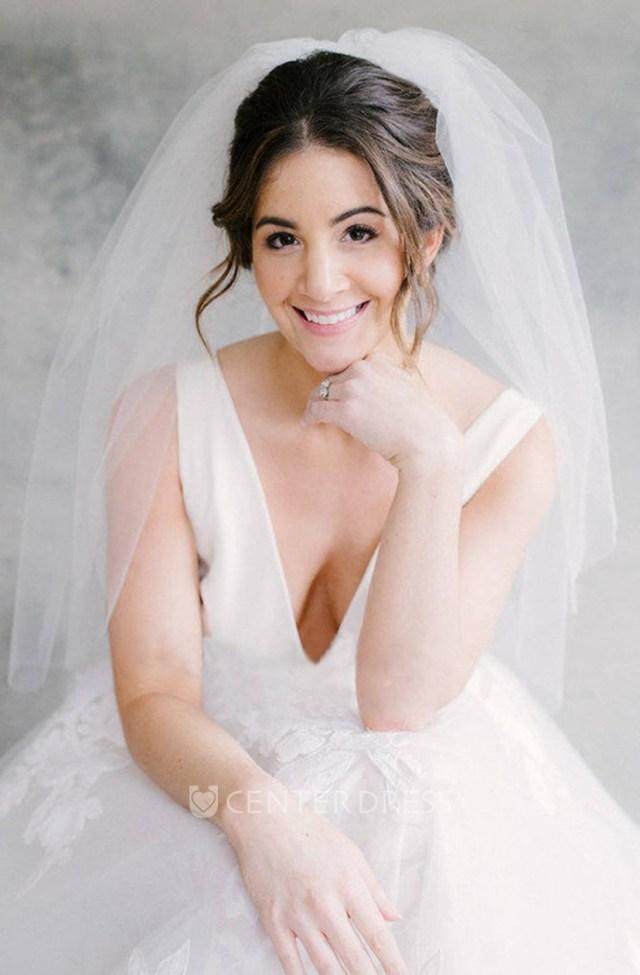simple new style fluffy cute bride wedding headpiece short veil wedding for girls