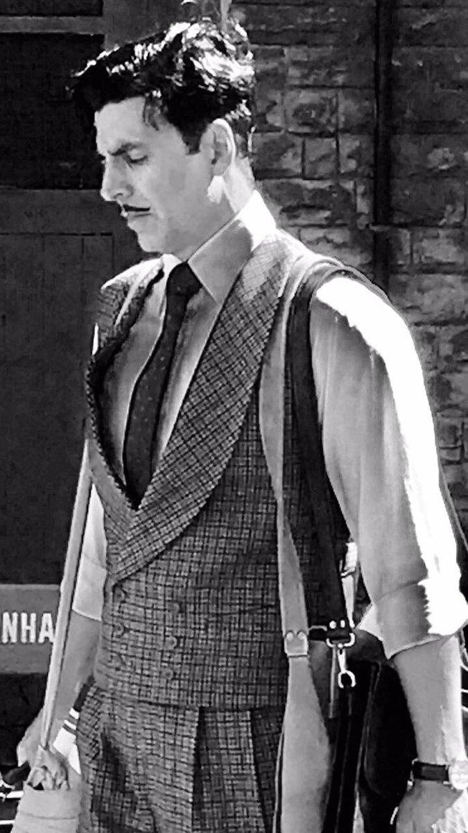 Akshay Kumar's First Look In Gold Has A Pure Vintage Feel