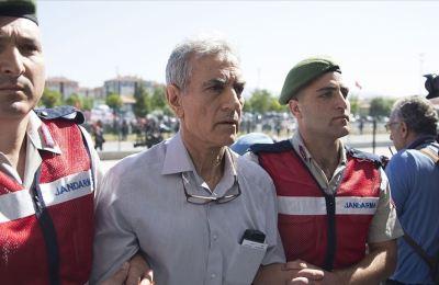 Akın Öztürk'ün emir astsubayına FETÖ üyeliğinden hapis cezası