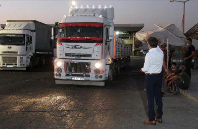 Irak'a yük taşıyan tır ve kamyonların sürücülü geçişi yeniden başladı