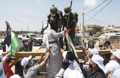 BAE'li bir grup aktivist, İsrail-BAE anlaşmasını reddetti